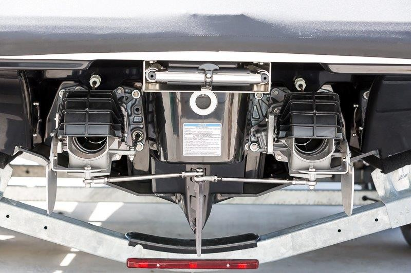 Cobra Venom Magnum AK Series steering installed.